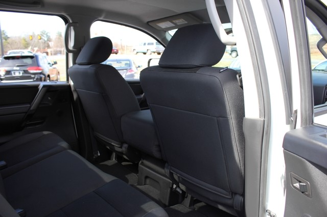 2014 Nissan Titan Crew Cab 4x4 - POPULAR PKG! - NEW TIRES! Mooresville , NC 55