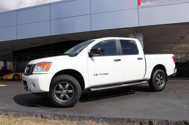 2014 Nissan Titan Crew Cab 4x4 - POPULAR PKG! - NEW TIRES! Mooresville , NC 36