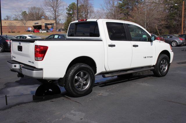 2014 Nissan Titan Crew Cab 4x4 - POPULAR PKG! - NEW TIRES! Mooresville , NC 21