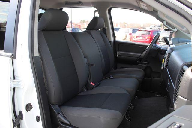 2014 Nissan Titan Crew Cab 4x4 - POPULAR PKG! - NEW TIRES! Mooresville , NC 9