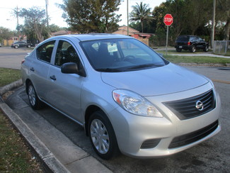 2014 Nissan Versa S Plus Miami, Florida 4