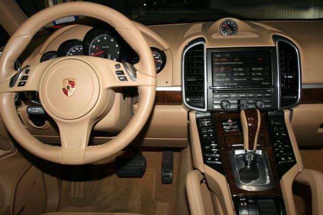 2014 Porsche Cayenne Houston, Texas 10