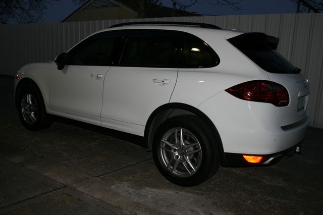 2014 Porsche Cayenne Houston, Texas 3
