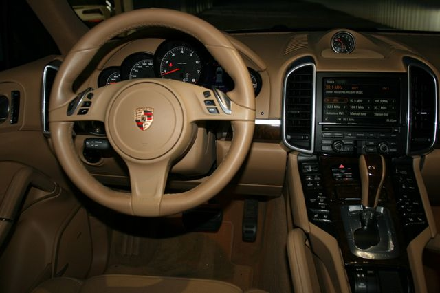 2014 Porsche Cayenne Houston, Texas 9