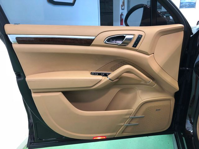 2014 Porsche Cayenne Turbo Longwood, FL 12