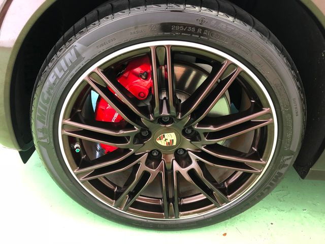 2014 Porsche Cayenne Turbo Longwood, FL 38