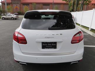2014 Porsche Cayenne Platinum Edition Watertown, Massachusetts 3