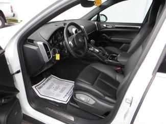 2014 Porsche Cayenne Platinum Edition Watertown, Massachusetts 4