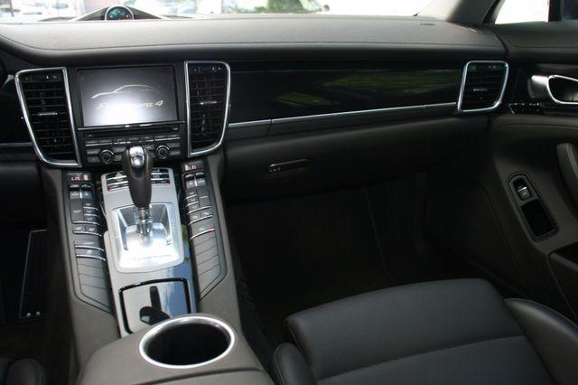 2014 Porsche Panamera Houston, Texas 10