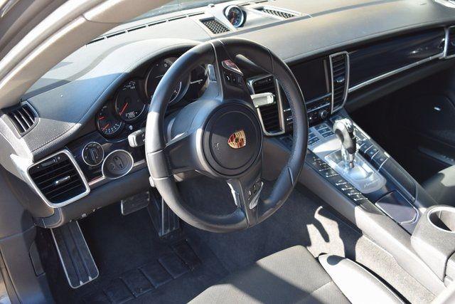 2014 Porsche Panamera Richmond Hill, New York 26