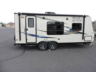 2014 R-Vision TLX-210QB 23 Ft. LIKE NEW Trail-Lite Bend, Oregon 2