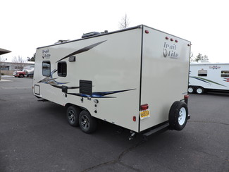 2014 R-Vision TLX-210QB 23 Ft. LIKE NEW Trail-Lite Bend, Oregon 4