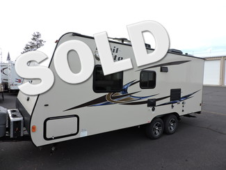 2014 R-Vision TLX-210QB 23 Ft. LIKE NEW Trail-Lite Bend, Oregon
