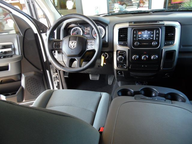 2014 Ram 1500 SLT Hemi 4x4 Bullhead City, Arizona 17