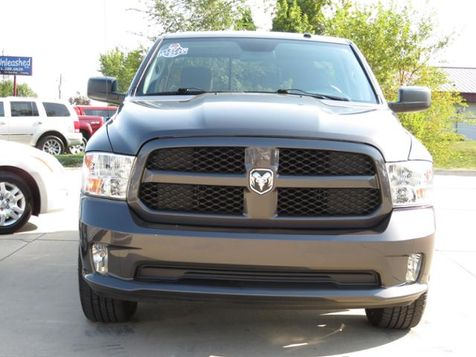 2014 Ram 1500 4WD Reg Cab HEMI SHORTBOX in Des Moines, IA