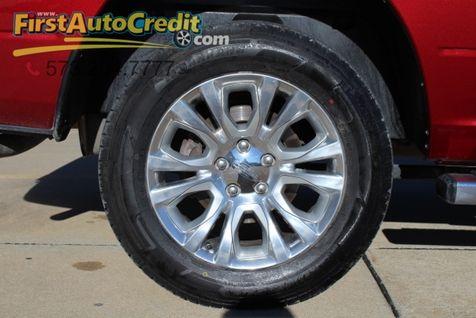 2014 Ram 1500 SLT   Jackson , MO   First Auto Credit in Jackson , MO