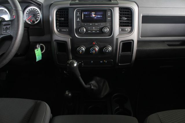 2014 Ram 2500 Crew Cab Long Bed 4x4 - TRUE MANUAL SHIFT! Mooresville , NC 9