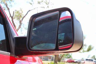 2014 Ram 2500 SLT Crew Cab 4X4 6.7L Cummins Diesel 6 Speed Manual Sealy, Texas 21