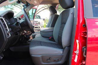 2014 Ram 2500 SLT Crew Cab 4X4 6.7L Cummins Diesel 6 Speed Manual Sealy, Texas 29