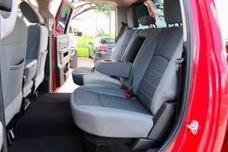 2014 Ram 2500 SLT Crew Cab 4X4 6.7L Cummins Diesel 6 Speed Manual Sealy, Texas 34