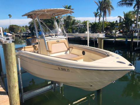2015 Scout 210XSF CENTER CONSOLE  in , Florida