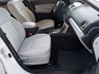 2014 Subaru Forester 2.5i Fayetteville , Arkansas 15