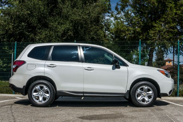 2014 Subaru Forester 2.5i AWD - AUTO - 36K MILES - 1-OWNER Reseda, CA 6