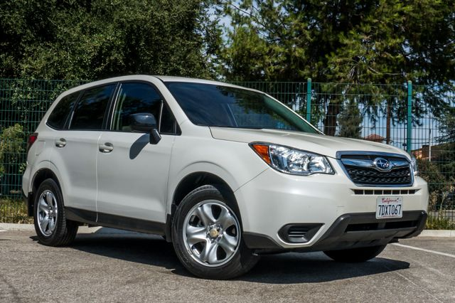 2014 Subaru Forester 2.5i AWD - AUTO - 36K MILES - 1-OWNER Reseda, CA 4