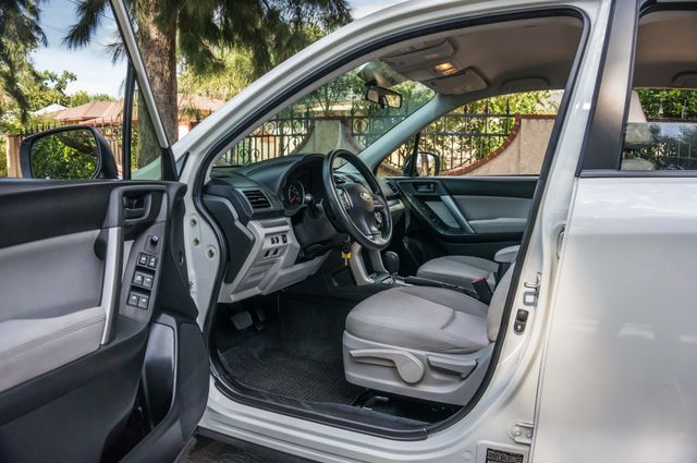 2014 Subaru Forester 2.5i AWD - AUTO - 36K MILES - 1-OWNER Reseda, CA 15
