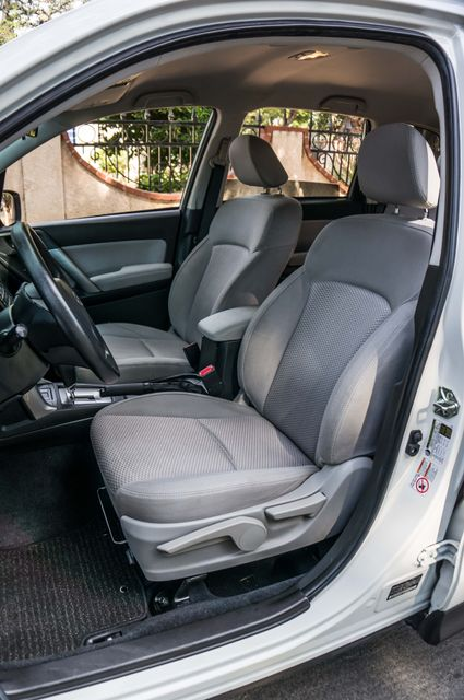 2014 Subaru Forester 2.5i AWD - AUTO - 36K MILES - 1-OWNER Reseda, CA 29