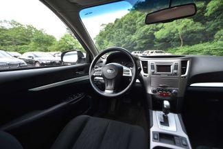 2014 Subaru Legacy 2.5i Premium Naugatuck, Connecticut 10