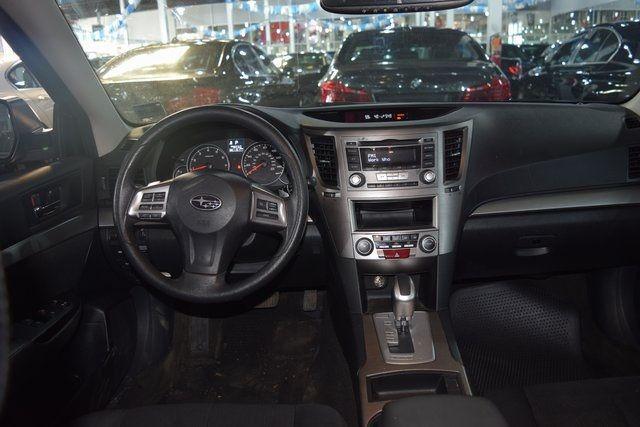 2014 Subaru Legacy 2.5i Richmond Hill, New York 17