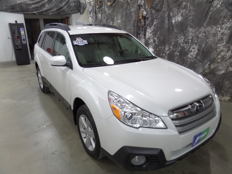 2014 Subaru Outback 2.5i Premium in , ND