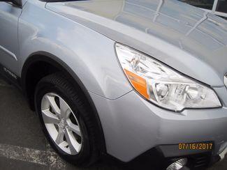 2014 Subaru Outback 3.6R Limited Englewood, Colorado 17