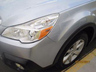 2014 Subaru Outback 3.6R Limited Englewood, Colorado 9