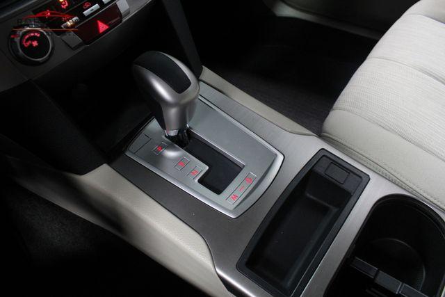 2014 Subaru Outback 2.5i Merrillville, Indiana 20