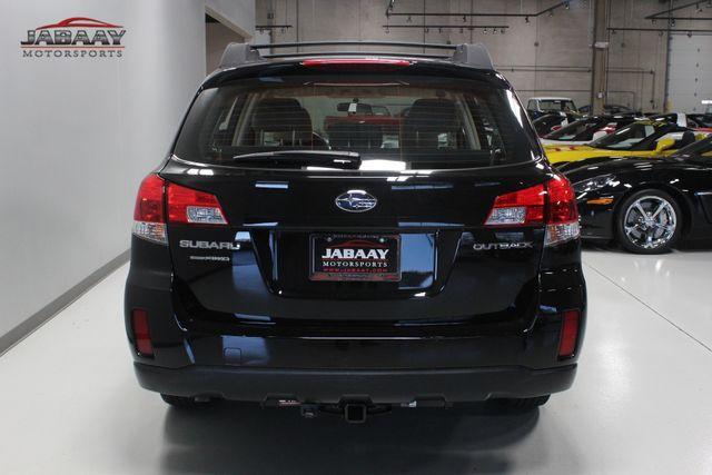 2014 Subaru Outback 2.5i Merrillville, Indiana 3