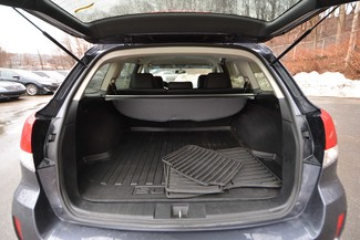 2014 Subaru Outback 2.5i Limited Naugatuck, Connecticut 10