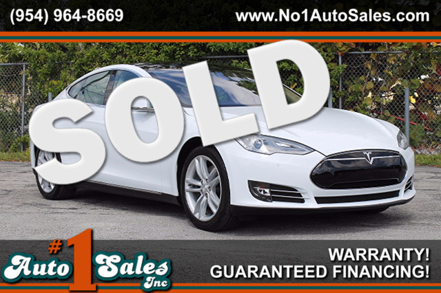 2014 Tesla Model S 60 kWh Battery  FACTORY WARRANTY CARFAX CERTIFIED AUTOCHECK CERTIFIED 1 O