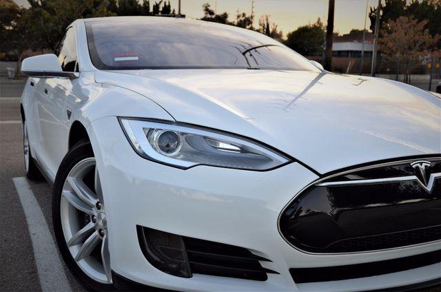 2014 Tesla Model S 60 kWh Battery Reseda, CA 28