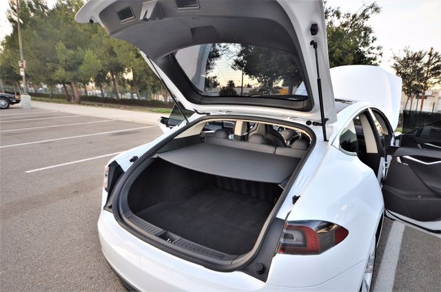 2014 Tesla Model S 60 kWh Battery Reseda, CA 34