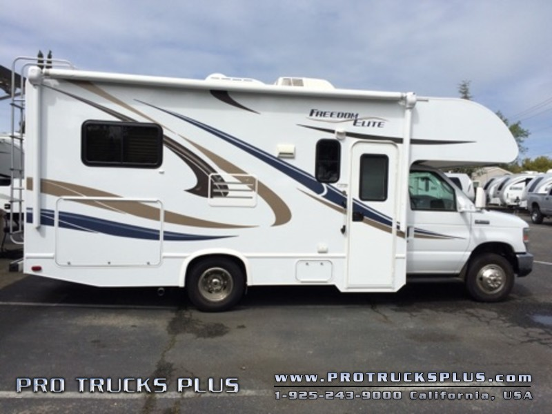 2015 Thor Elite 22e Class C Motorhome RV Camper Trailer   in Livermore California