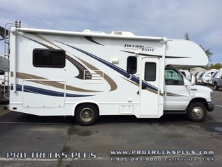 2015 Thor Elite 22e Class C Motorhome in Livermore California