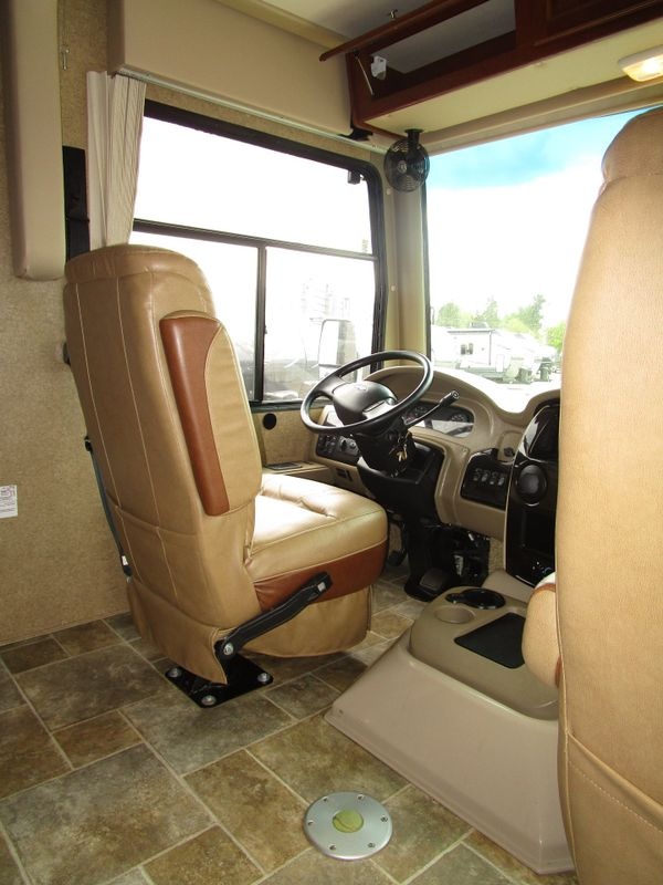 2014 Thor Miramar 341  in Charleston, SC