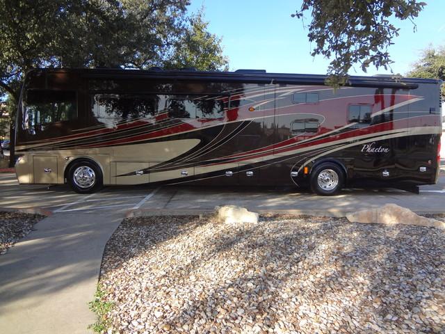 2014 Tiffin Phaeton 40 QKH Austin , Texas 3