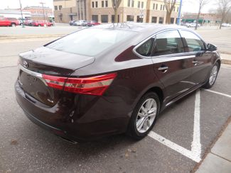 2014 Toyota Avalon XLE Farmington, Minnesota 1