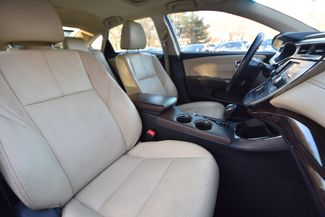 2014 Toyota Avalon Hybrid XLE Premium Naugatuck, Connecticut 9