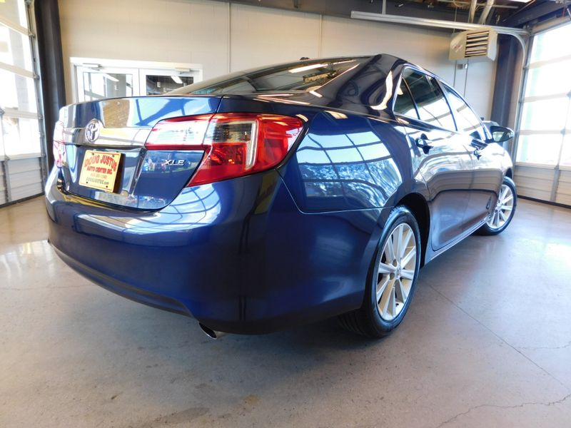 2014 Toyota Camry XLE  city TN  Doug Justus Auto Center Inc  in Airport Motor Mile ( Metro Knoxville ), TN