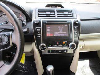 2014 Toyota Camry LE Farmington, Minnesota 4