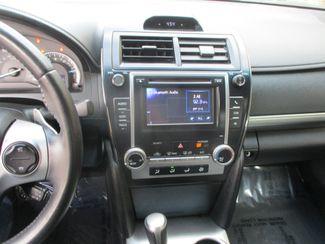 2014 Toyota Camry SE Farmington, Minnesota 4